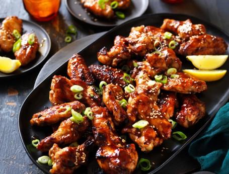 Sticky Hoisin and Garlic Chicken Wings