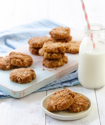 Easy Anzac Cookie recipe