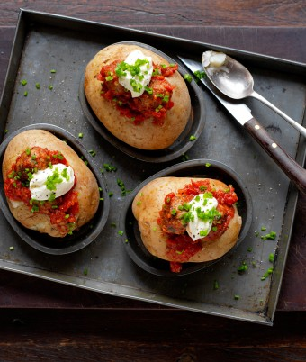 Jacket Potatoes With Meatballs