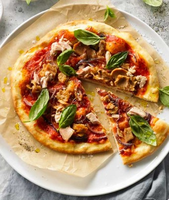 Tuna & Onion Pizza