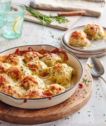 Cheese and Chive savoury monkey bread recipe