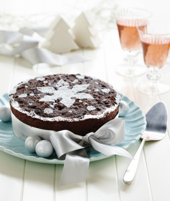 Moist Chocolate Christmas Cake