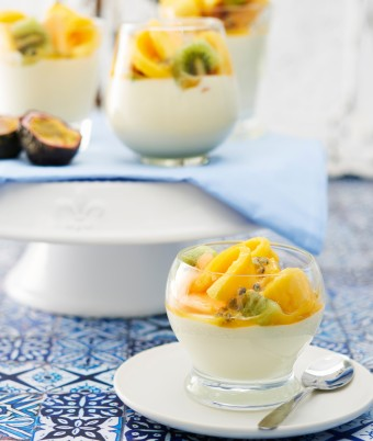 White Chocolate and Coconut Mousse