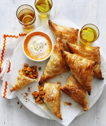 Butter Chicken Samosas