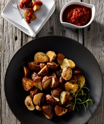 Spanish Tapas Potatoes (Patatas Bravas)