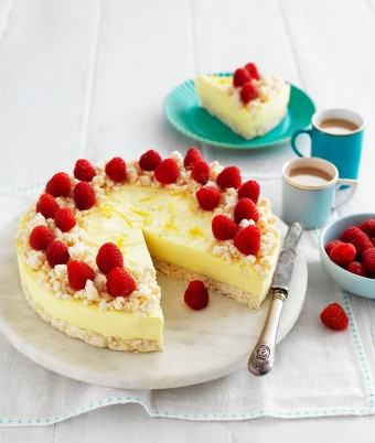 Lemon and White Chocolate Cheesecake with Chocolate Crackle Base