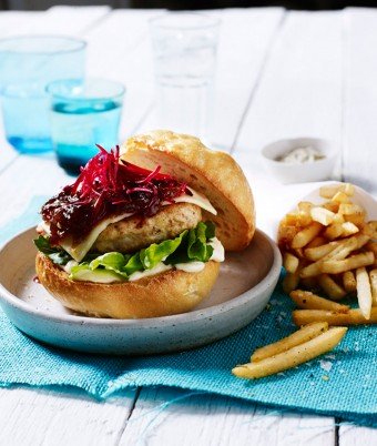 Easy chicken burger with homemade jam
