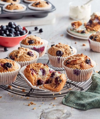 Lemon and Blueberry Ricotta Cupcakes