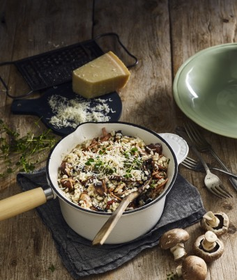One-pan Creamy Mushroom Risotto Topped With Crispy Bacon