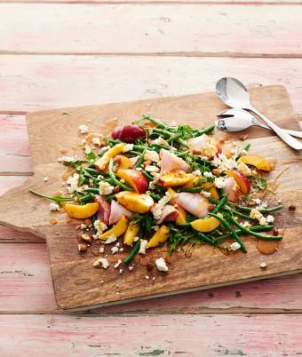 Nectarine Christmas Salad