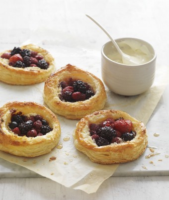 Organic mixed Berry Tarts