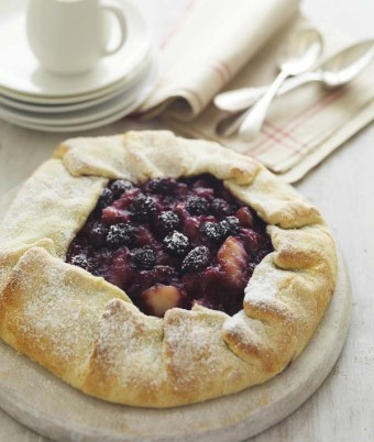 Blackberry and Apple Freeform Tart