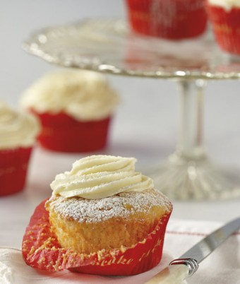Perfect cup cakes with fluffy vanilla icing