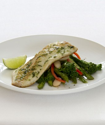 Pan-Fried Dill & Garlic Barramundi with Steamed Vegetables