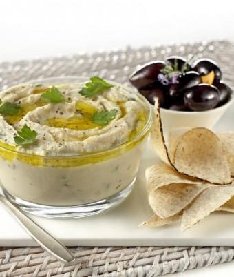 Creamy Ricotta and White Bean Dip