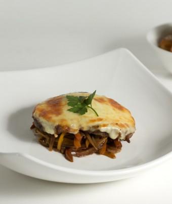 Mozzarella Beef Fillet with a chunky Capsicum & Caper salsa