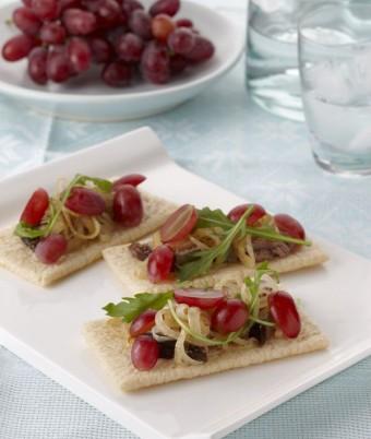 Grapes Pate Crispbreads