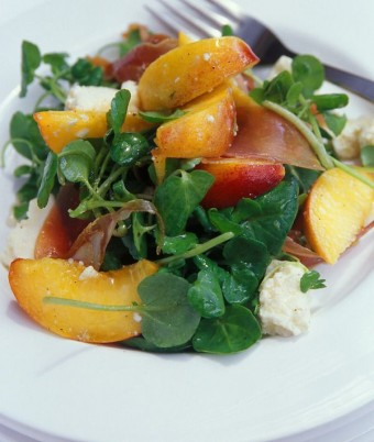 Peach and Prosciutto Salad with Sweet Red Wine Dressing