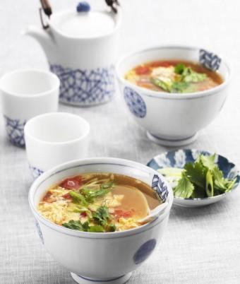 Chinese Eggflower Tomato Soup