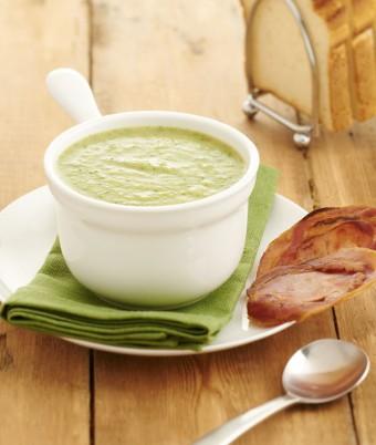 Broccoli Soup With Crispy Pancetta