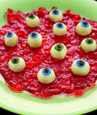 White Chocolate Eyeballs In Blood Clot Jelly