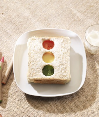 Stoplight Sandwich