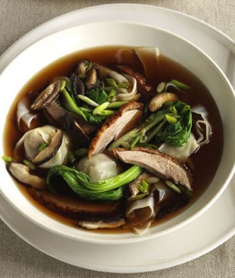 Roast duck and wonton soup