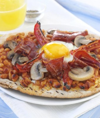 Breakfast pizza recipe