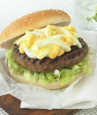 American turkey burger with egg, lettuce and mayonnaise