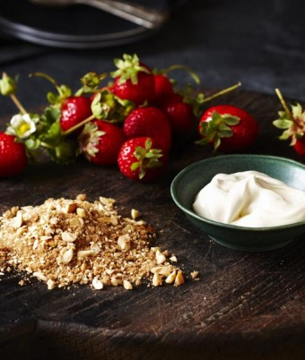Strawberries with Sour Cream and Spiced Hazelnut Sugar