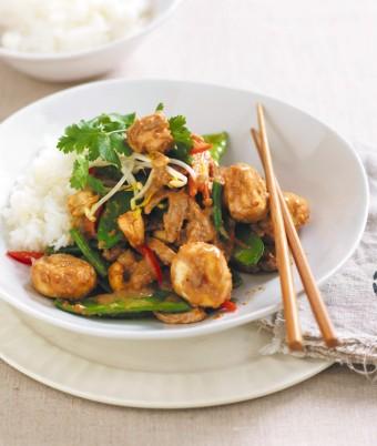 Satay Mushroom, Pork & Cashew Stir-fry