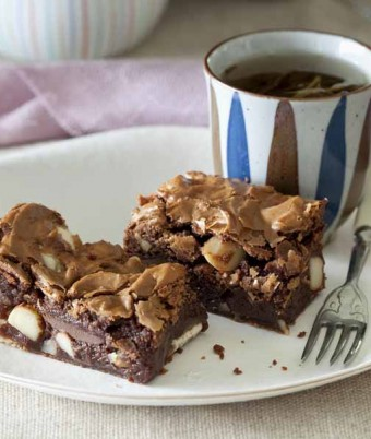 Chocolate macadamia brownie