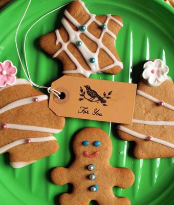 Gingerbread Biscuits with Honey Icing