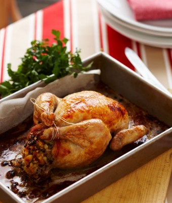 Five Star Apple, Cranberry and Macadamia Stuffing for Christmas Chicken or Turkey