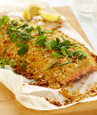 Whole Atlantic Salmon Fillet with Almond, Thyme and Lemon Crust
