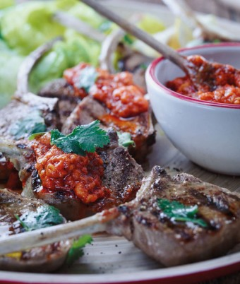BBQ Lamb Cutlets With Capsicum, Fig And Hazelnut Sauce On Coriander Cos Salad