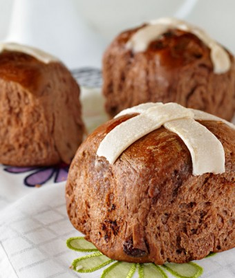 Chocolate Hot Cross Buns Recipe