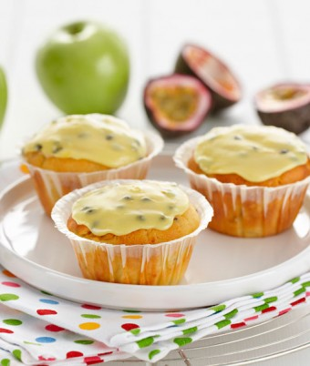 Apple Passionfruit Cakes