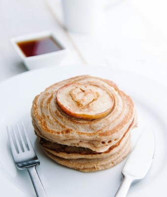 Vegan Apple and Cinnamon Pancakes