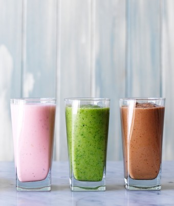 Pear smoothie - three ways