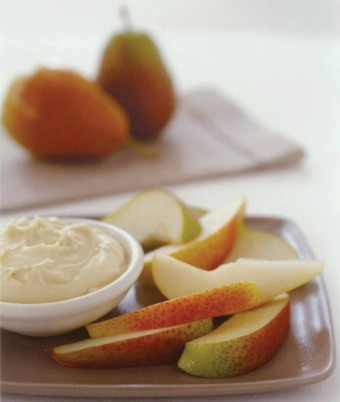 Pear Wedges with Low-fat Vanilla Cream Dip