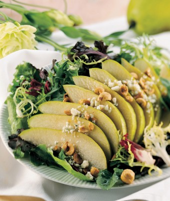 Avocadamia and Pear Salad