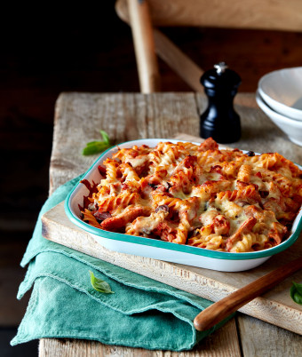 Tuna, Tomato and Mozzarella Fusilli Bake