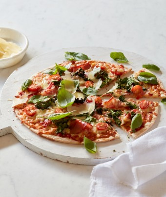 Baby Greens, Cherry Tomato and Prosciutto Pizza
