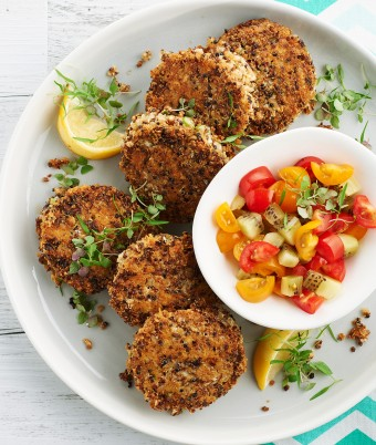 Healthy Quinoa, Cauliflower and Cheddar Fritters with Kiwi Salsa