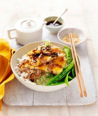 Chicken and Egg Donburi recipe Japanese Rice Bowl