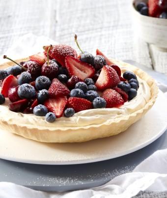 Berry Tart with Spiced Vanilla Cream