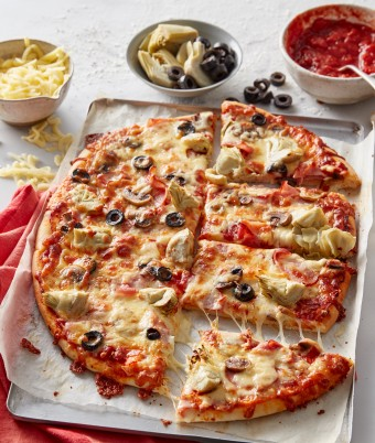 Capricciosa Pizza has to be one of the all time favourite pizza toppings. If you're looking for an easy pizza recipe, along with a basic pizza dough recipe, try this.