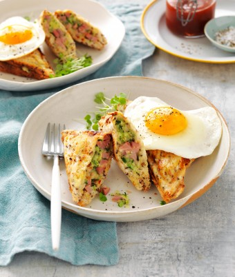 Ham and egg jaffle with zucchini