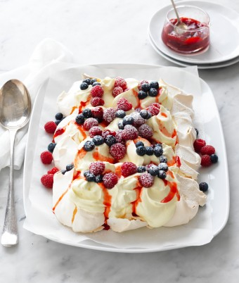Berries and cream tray pavlova